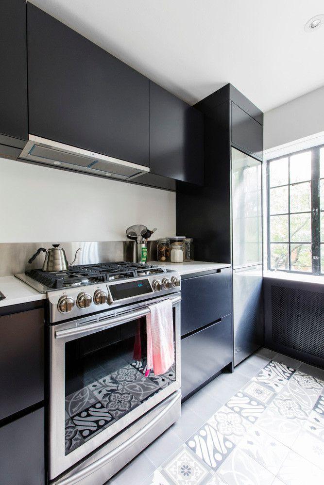 Prewar Brooklyn Nyc Apartment Renovation With Charm Kitchens