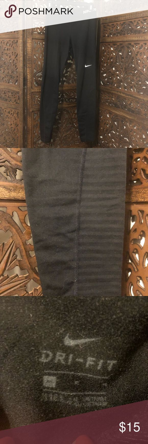 Nike Pro fleece lined leggings Great condition, and super warm! Striped detail o…