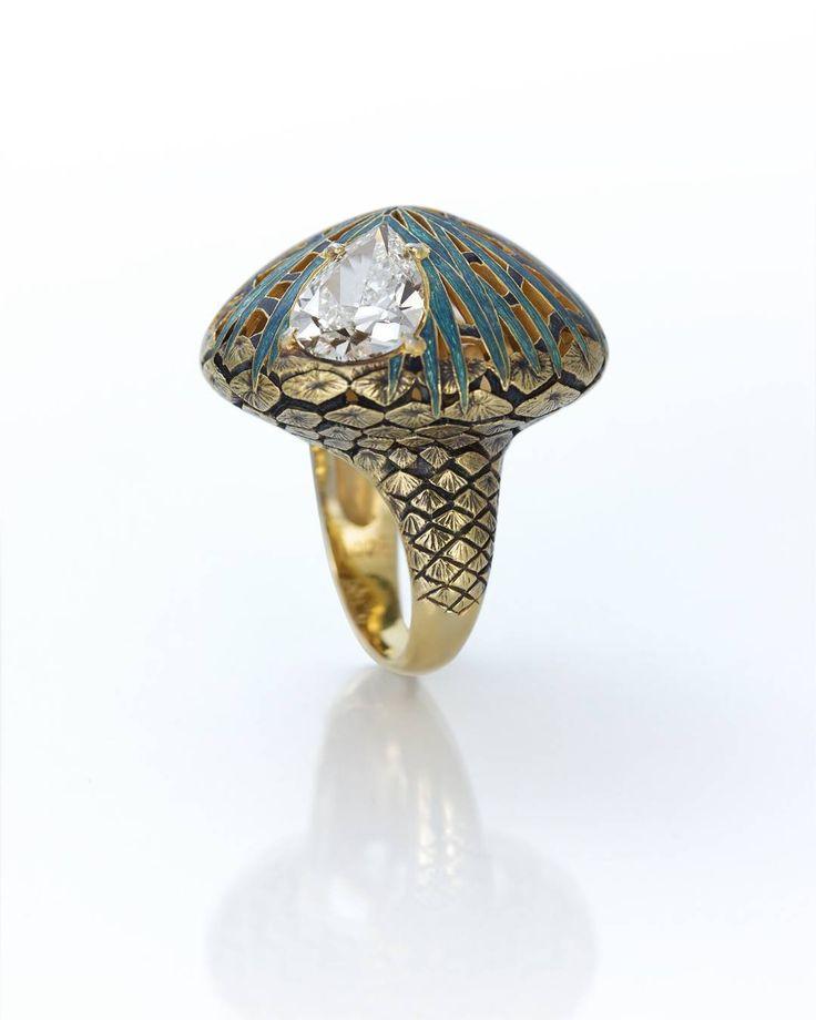 Pinecone ring by Ilgiz Fazulzyanov
