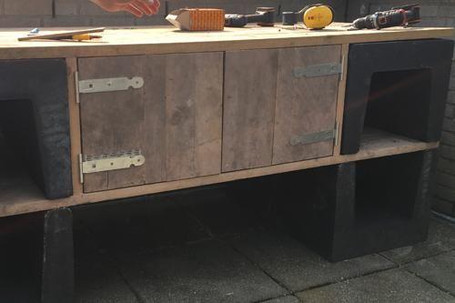 DIY: IJzersterke buitenkeuken - Eigen Huis en Tuin