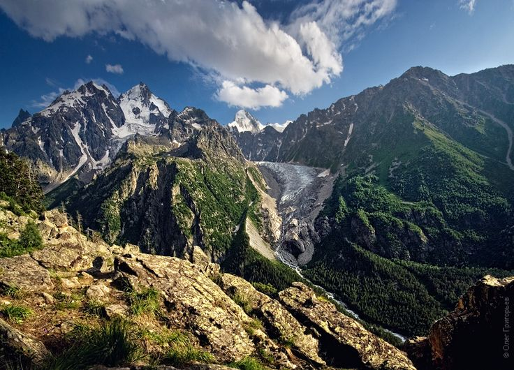Climbing up Mount Elbrus – the highest peak in Russia