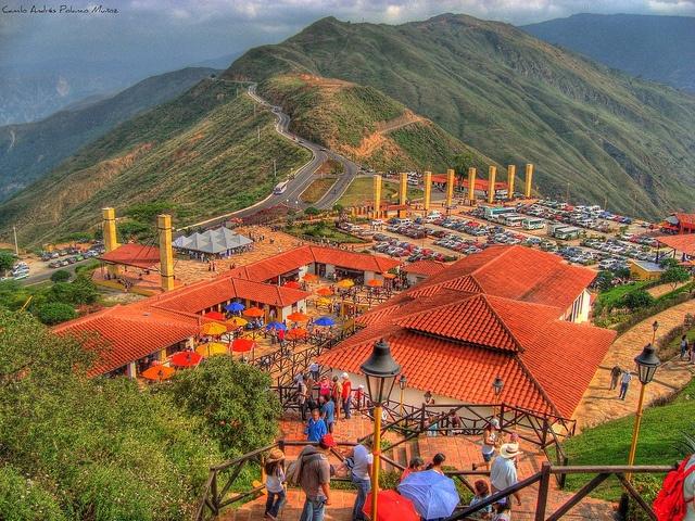 Supremacía Natural - Bucaramanga    El imponente Cañon del Chiamocha. y Panach