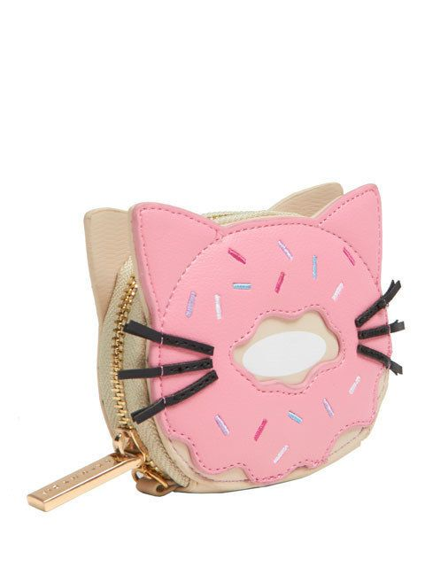 This cat-nut coin purse. | 32 Adorable Accessories For Anyone With A Sweet Tooth