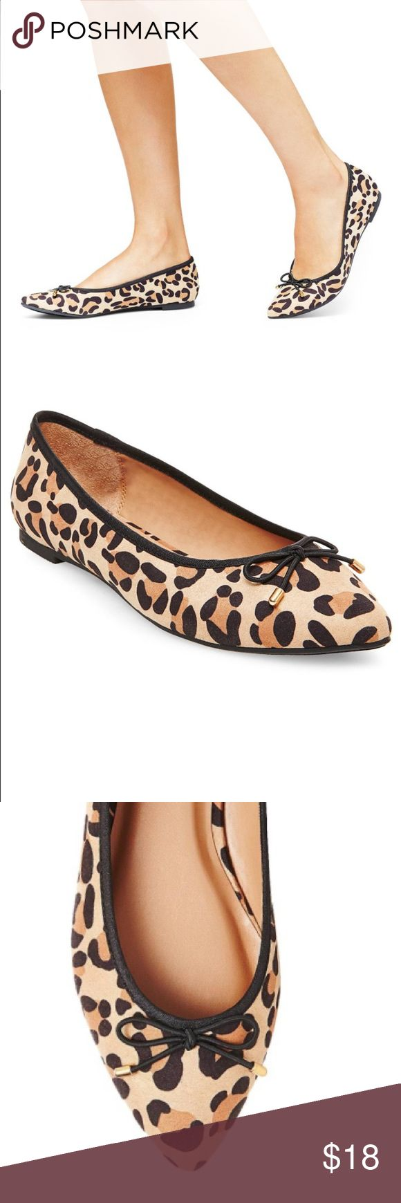 New! Leopard pointed ballet flats size 8 New! Leopard pointed ballet flats size 8. Pointed ballet flat Faux leather upper with bow detail Cushioned insole, non-marking poly/rubber outsole Merona Shoes Flats & Loafers