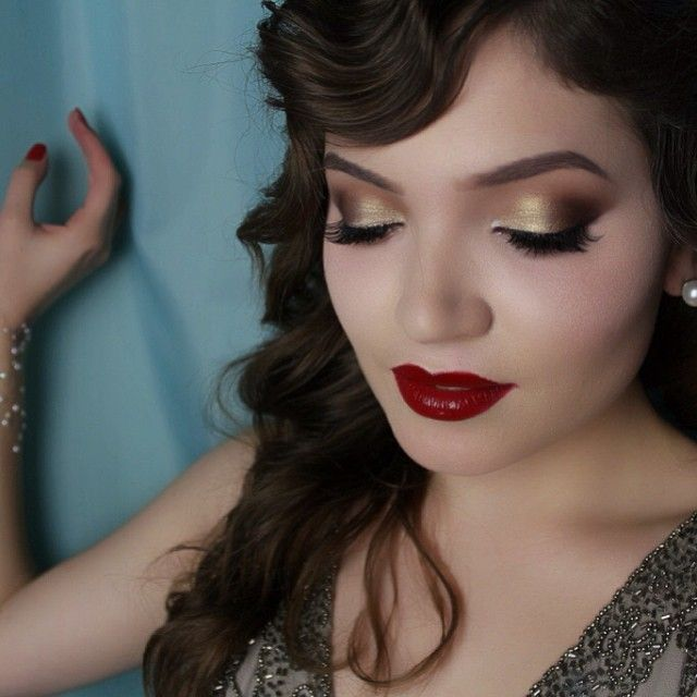 Holiday makeup idea