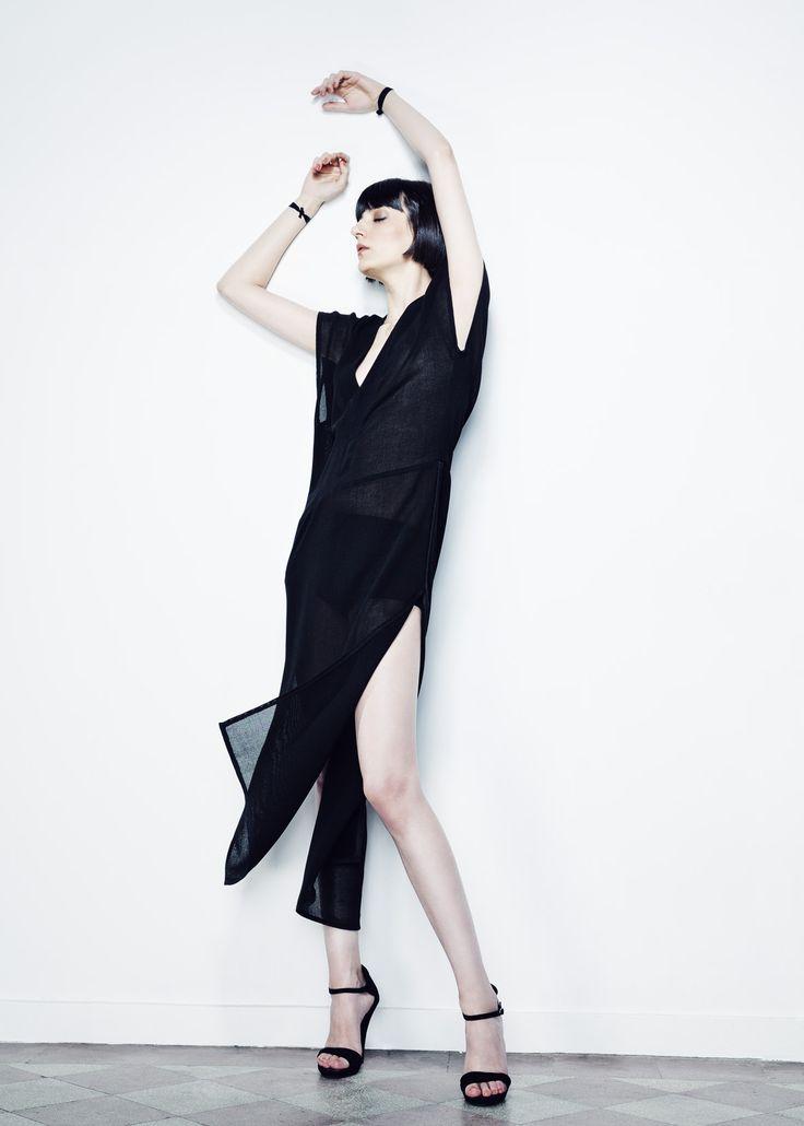 Black Sides Cut Net Dress // Spring 13 Photo : Gabi Hirit