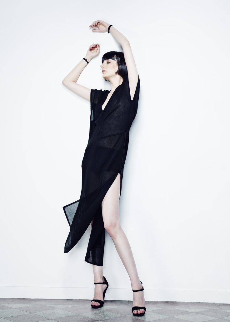 Black Sides Cut Net Dress // Spring 13 Photo : Gabi Hirit