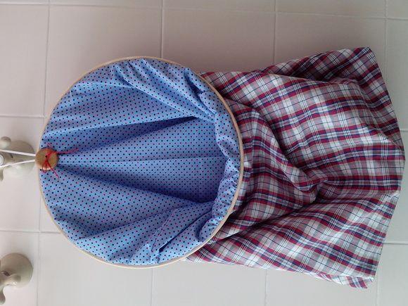 Saco de roupa em bastidor. Acomoda muita coisa, de roupa suja à pão. Depende de sua necessidade. Feito à mão em composê de tecido 100% algodão. #temaqui