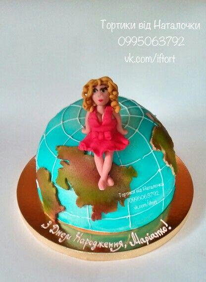 Торт в виде глобуса