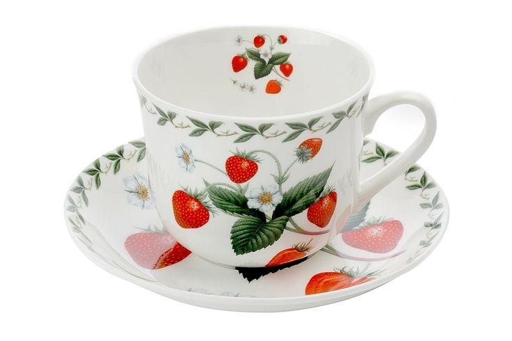 Чашка с блюдцем из костяного фарфора «Земляника» в подарочной упаковке      Бренд: Maxwell & Williams (Австралия);   Страна производства: Китай;   Материал: костяной фарфор;   Объем чашки: 480 мл;          #bonechine #chine #diningset #teaset #костяной #фарфор #обеденный #сервиз #посуда  #обеденныйсервиз #чайныйсервиз #чайный  #чашка #кружка #набор #сервировка #cup #mug #set #serving #tea #чай