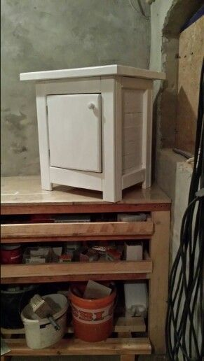 Same night stand this time White Acrylic.