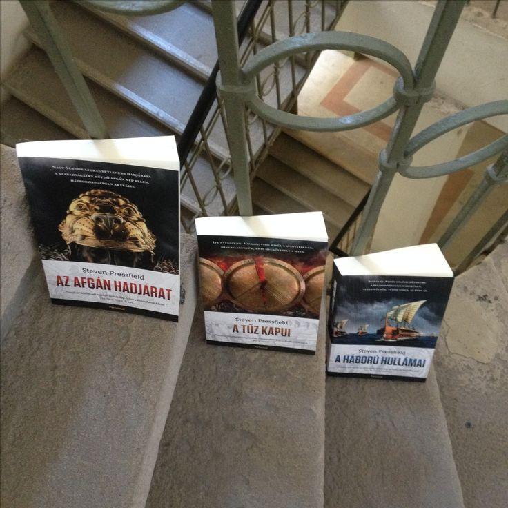 Pressfield trió Történelmi regények