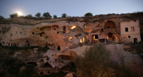Berghöhle - Cave Hotel in der Türkei