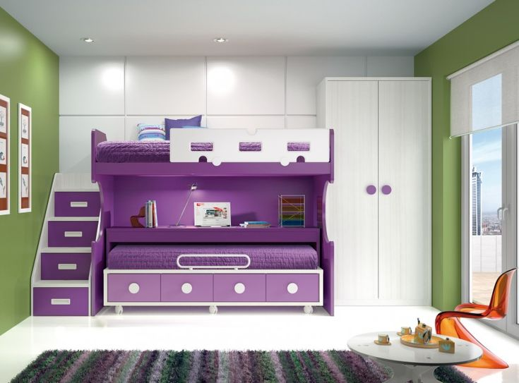 Litera con cama y mesa desplazables y escalera lateral for Camas compactas desplazables