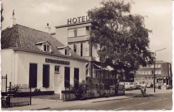 Hotel De Korenbeurs. aan de Hoofstraat Kerkewijk  te Veenendaal.