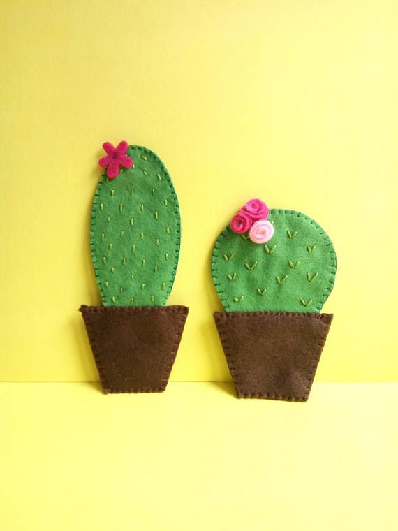 If you love cacti and succulents the way I do, then this is the perfect way to have them around you. They are a colorful addition to any kitchen and will brighten up your day, without having you to worry that they may die on you! They also make a nice Mothers day gift (if she likes those plants as well).  --Item description-- You will get a set of 2 lovely cactus refrigerator magnets. They are designed and completely handmade by me (hand cut, embroidered and sewn). They are embroidered and…