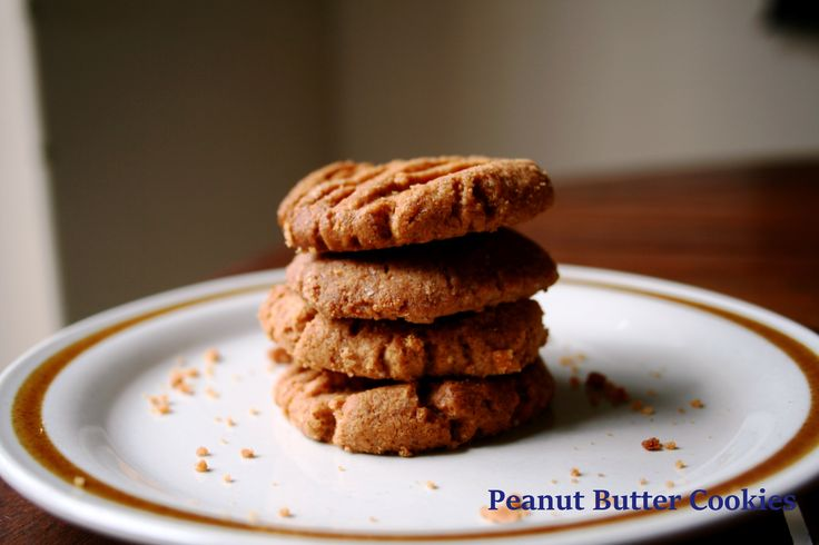 Crumbly Peanut Butter Cookies  http://myrubberspatulaandme.com/2015/03/31/crumbly-peanut-butter-cookies/