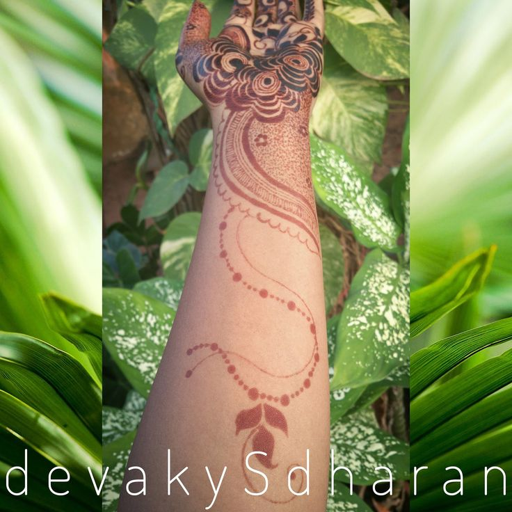 Stain results of the last design. The henna looks fiery red in direct sunlight.