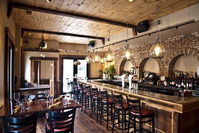 Best 25 italian restaurant decor ideas on pinterest for Piccolino hotel decor