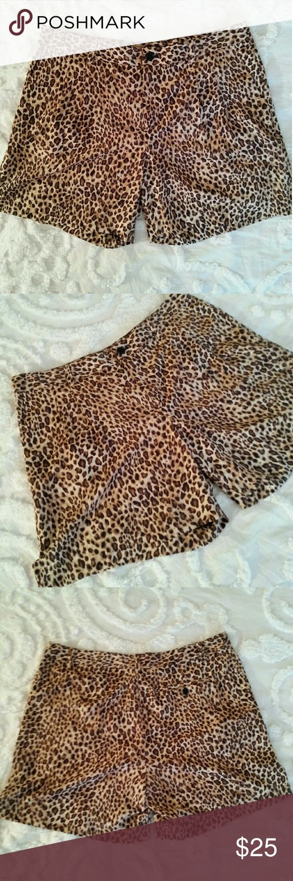 🆕 Ralph Lauren Leopard Shorts Super cute and perfect for spring and summer in excellent condition. Really light weight and flowy fabric. Ralph Lauren Shorts