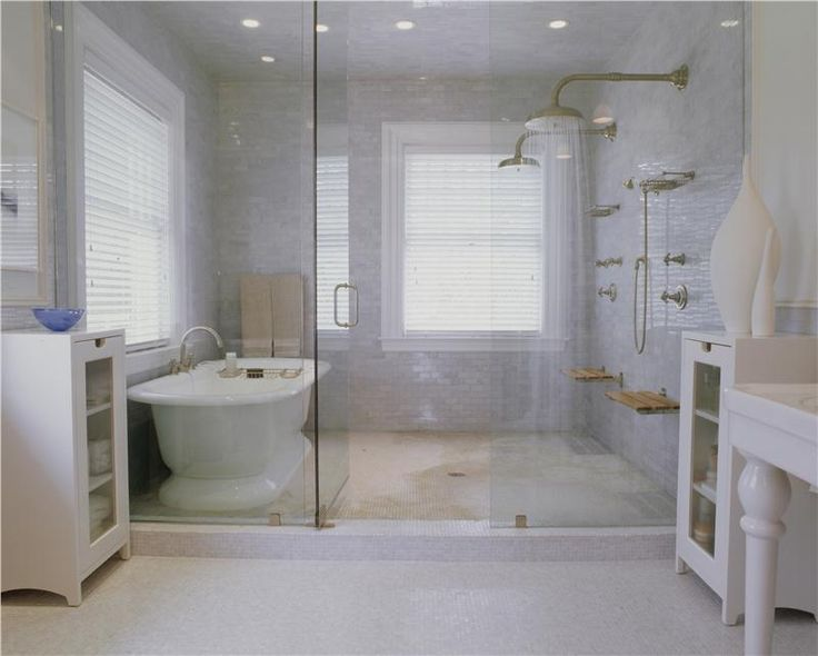 Shower bath glass enclosed double shower head build for Beautiful modern bathrooms