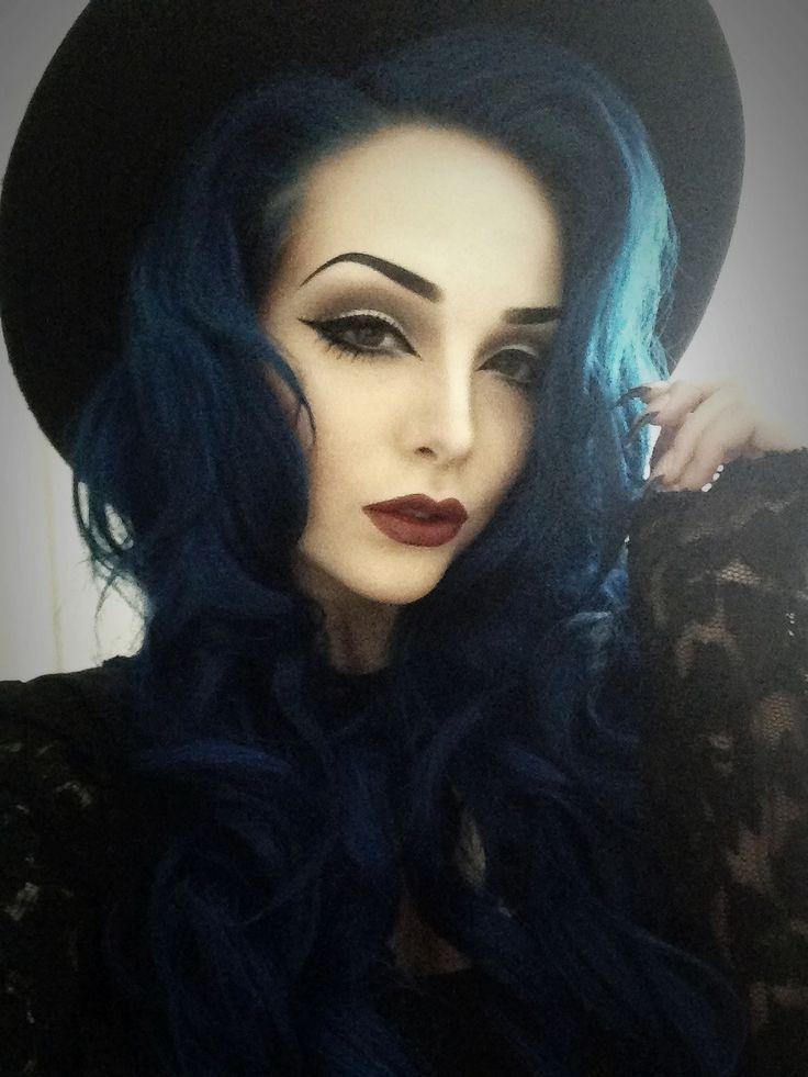 "kelsey again midnight blue hair dye by manic panic"" ... I've never ..."