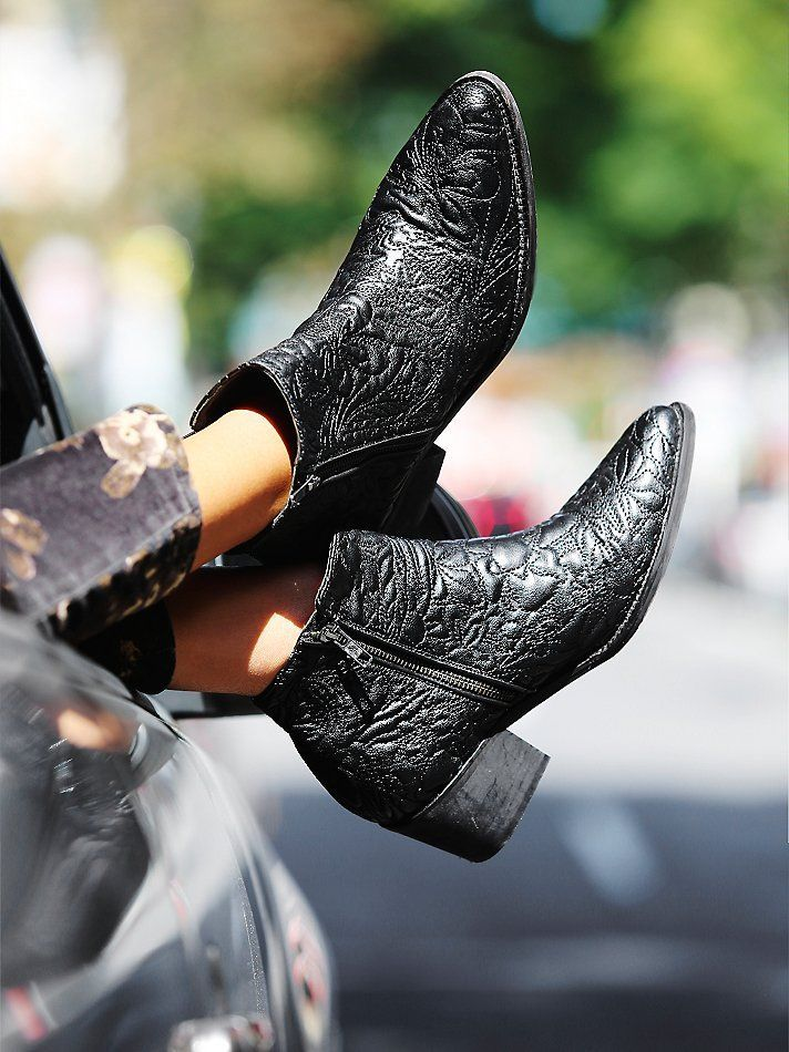 BLACK LEATHER / WESTERN / CUBAN BOOT