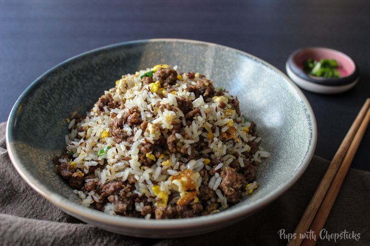 A quick and easy aromatic fried rice spiced with an Mediterranean twist. Great on it's own or with a side of hummus!