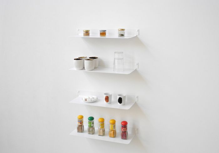 Dimensions: 5,9 inch deep, 17,7 inch wide and 1,9 inch high. Material : 0,07 inch thick steel. Can support up to 33 pound. Screws and plugs included. #shelves #kitchen #shelf #storage #spicerack #spice #design #minimalist #elegant #steel