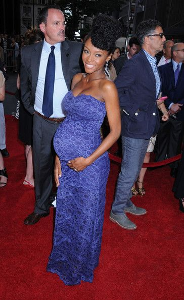 Yaya DaCosta Rocks Pompadour and Baby Bump on the Red Carpet | Black Girl with Long Hair