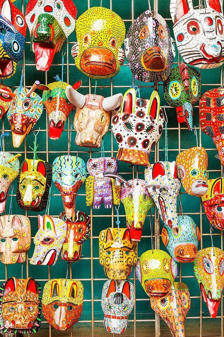 Estos son Máscaras nicaragüenses hechas en ciudades de colores del arcoíris