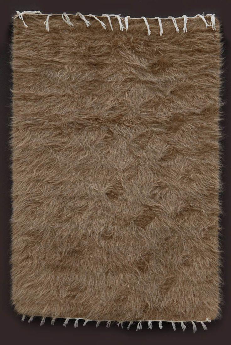 Siirt Battaniye, angora goat hair blanket from Siirt