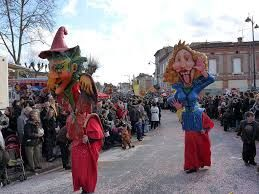 Carnaval d'Albi :: the biggest festival in south-western Franc :: a walking museum of art and architectural beauty :: The town of Albi in the Tarn department holds its annual carnival in February every year. The carnival is a week long celebration culminating with the huge closing parade on the final Sunday