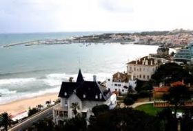 The coast of Estoril, Portugal – Best Places In The World To Retire – The cost to rent a home in Portugal depends on several things such as the size of the property, whether it is furnished or not, whether it has a pool or not, and whether it is with a garage or without. It is really relative.