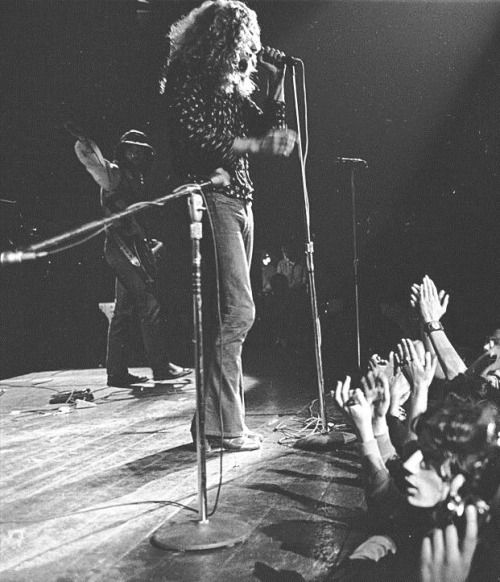 Led Zeppelin live at The Forum,Inglewood (California) 4/9/1970
