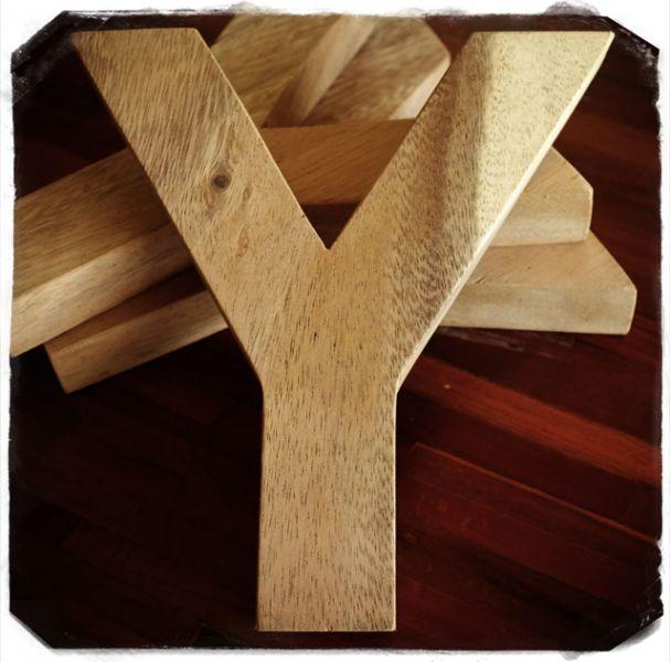 http://root.shopk.it/produto/15755/letras-de-madeira-dlet-mc-0002