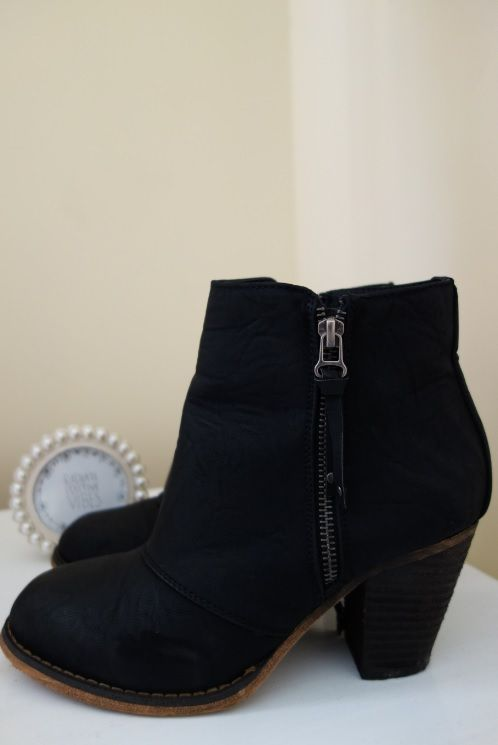 Perfect black ankle boot.