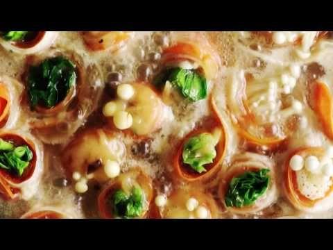 豚肉と野菜で巻き巻きお鍋からのサンラータンぞうすい - YouTube