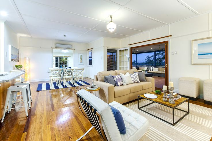 TARRAGINDI 9 Benbow Street...Located in one of the most sought after streets in Tarragindi, you will fall in love with this lovingly updated post war residence, situated on a huge 911m2 block.