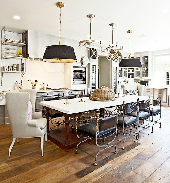 Celebrity Decor Rule Breakers: Paltrow Kitchens, Rules Breakers, Tables Chairs, Beautiful Kitchens, Celebrity Decor, Gwyneth Paltrow, Kitchens Lights, Decor Rules, Pendants Lights