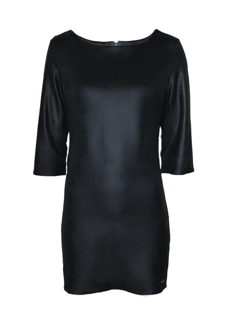 89,90€ | Combina con chaqueta yeti gris y botín tipo ante del mismo color | Vestido corto eco piel efecto desgastado, manga tres cuartos | ENEEFE Online #moda #mujer #vestidos