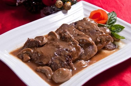 Lengua Con Setas (Ox Tongue With Mushroom), one of my lifetime favorite next to fried chicken.