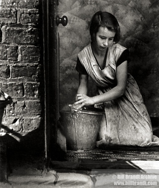 Housewife, Bethnal Green, 1937