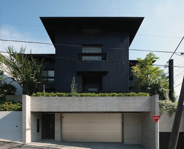 House in Aobadai|青葉台の家 堀部安嗣  Found on flickr.com