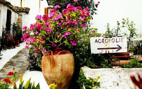 Beautiful Anafiotika district in Athens: http://alternatrips.gr/en/central-greece/athens/anafiotika-athens