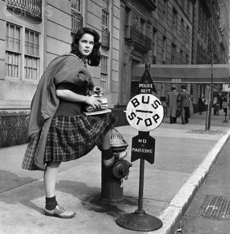 Oona O'Neill Waiting for a Bus. Born in Bermuda, she dated Orson Welles and J.D. Salinger before marrying Charlie Chaplin on her 18th birthday. Salinger was serving in WW2 and was devastated. Oona would have 8 children with Chaplin, including future actress Geraldine Chaplin.