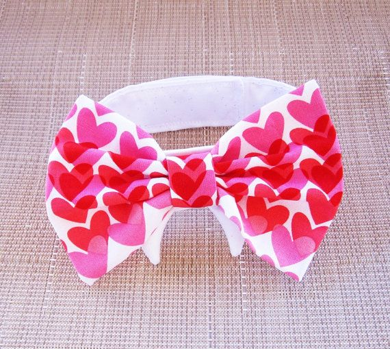 Dog or Cat Bow Tie: Red and Pink Valentine Hearts by miascloset
