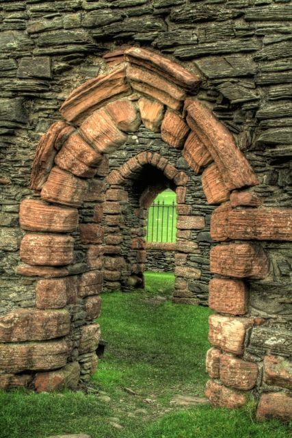 Chapelle St Brendan (ou Chapelle de Kilbrannan) – Skipness - Argyll and Bute (Écosse) – Crédit Photo: Steve Partridge – Licence CC BY-SA 2.0