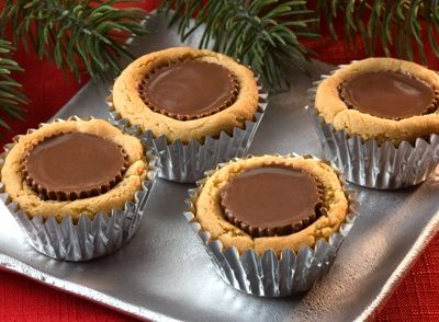 HERSHEY'S | REESE'S Peanut Butter Temptations: Butter Cups Cookies, Peanuts, The Holidays, Reese Peanut, Food, Recipes, Butter Temptation, Peanut Butter, Ree Peanut