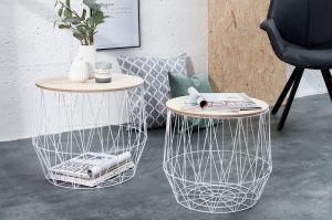 Piękny, nowoczesny stolik dekoracyjny Amphro wykonany z połączenia drucianej podstawy i blatu z płyty MDF wniesie do Twojego mieszkania nowe brzmienie. Blat stolika można zdejmować - tym sposobem zyskasz miejsce na Twoje drobiazgi.   Stolik dostępny w tej ofercie jest o wymiarach 40x50x50 (większy).